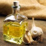 Cum să faci ulei de usturoi: remedii și moduri de a-l folosi