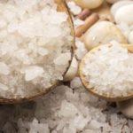 Apa cu sare: 6 utilizări inedite