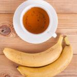 5 motive să bei ceai de coji de banane