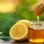 10 Motive pentru un pahar de miere cu lămâie în fiecare zi