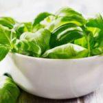 5 alimente care îți detoxifică corpul după sărbătorile de Paște