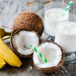 Nuca de cocos: proprietăți (prăjitură și shake)