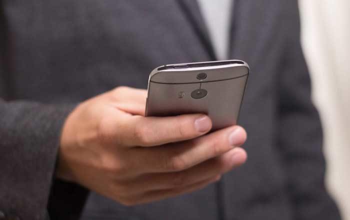 telefonul mobil pericole sanatate