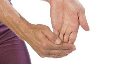 trosnești degetele