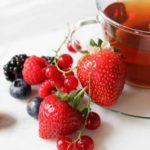 Ceai de fructe de pădure: beneficii și proprietăți
