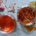 Ceai din semințe de ardei iute: beneficii, preparare și contraindicații