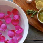 Petale de trandafir: proprietăţi şi utilizarea petalelor de trandafir în terapia naturistă