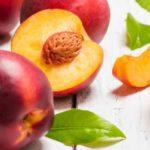 Nectarina: beneficii și calorii (valori nutriționale)