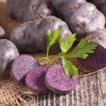 Cartofi mov: beneficii pentru sănătate și ce conțin aceștia