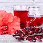 Ceai de Hibiscus: beneficii și contraindicații