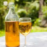 """Mied dacic sau """"băutura zeilor"""": proprietăți, rețetă, beneficii"""