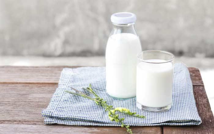 Un pahar cu lapte