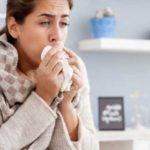 De ce nu trece tusea? Ce probleme de sănătate poate ascunde tusea