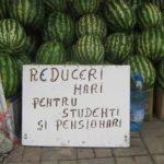 Roşii, galbeni şi portocalii! Pepenii românești au ajuns pe tarabe! Cei portocalii, vedetele pieţelor!